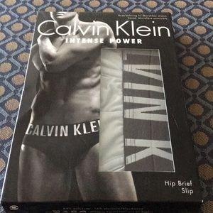 Calvin Klein- L Intense Power Light Blue Hip Brief